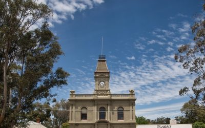 Town Hall Painting Completed – The Colour is all About the Light – Images